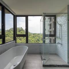 industrial Bathroom by 果仁室內裝修設計有限公司