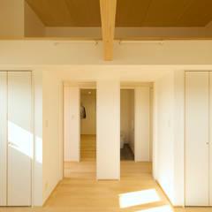 Dormitorios juveniles  de estilo  por ELD INTERIOR PRODUCTS