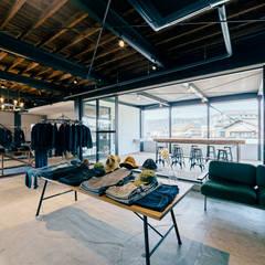 TCB JEANS : ELD INTERIOR PRODUCTSが手掛けたオフィススペース&店です。,インダストリアル