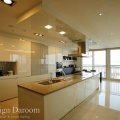 광장동 유진스웰 50py: Design Daroom 디자인다룸의  주방,클래식