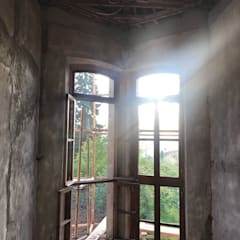 Wooden windows by Öykü İç Mimarlık