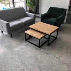 BIURO W JAWORZNIE: styl , w kategorii Podłogi zaprojektowany przez Bautech Sp. Z O.O.