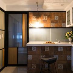 Dining room by 松泰室內裝修設計工程有限公司,