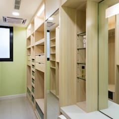 Closets  por 松泰室內裝修設計工程有限公司