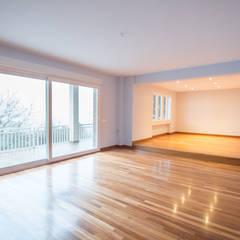 Floors by Reformadisimo