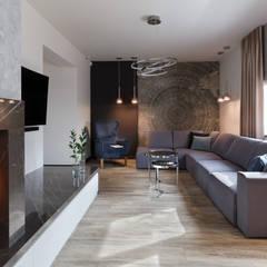 Dom w Margoninie 2: styl , w kategorii Salon zaprojektowany przez EWEM Aranżacja wnętrz Edyta Wełnicka