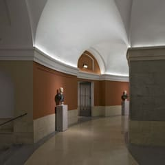 : Museos de estilo  de Ro Lighting Design