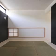 Media room by 石川淳建築設計事務所