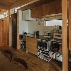 noji house: ALTS DESIGN OFFICEが手掛けたキッチン収納です。