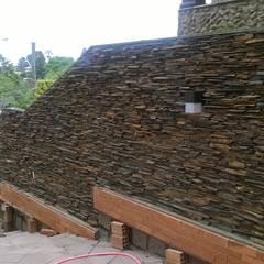 Muros com Pedra Decorativa Paredes e pisos rústicos por Rebello Pedras Decorativas Rústico Pedra
