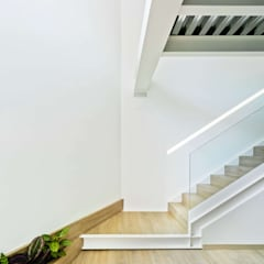 Stairs by ARQUITECTURA by ROBERTO GARCIA - A by RG