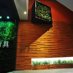 室內設計  麗爵廚具體驗館:  牆面 by 黃耀德建築師事務所  Adermark Design Studio