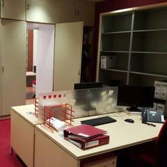 Sala 3, después: Oficinas y Tiendas de estilo  de Almudena Madrid Interiorismo