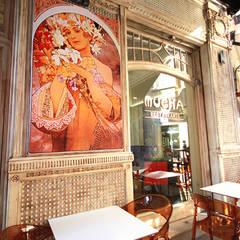 decoração com estilo: Espaços de restauração  por perez ipar arquitectura  e decoração