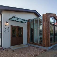 제주 수망일기: 더 이레츠 건축가 그룹의  주택,러스틱 (Rustic)