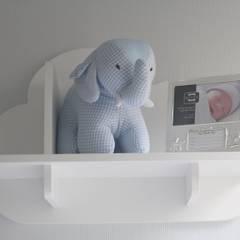 Projeto GM | Catete: Quartos de bebê  por CORES - Arquitetura e Interiores