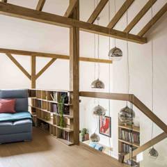 House in Poland: styl , w kategorii Schody zaprojektowany przez AFormA Architektura wnętrz Anna Fodemska