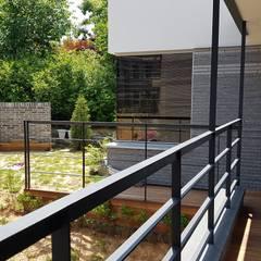 청주시 단독주택: 건축사사무소  CSU의  베란다