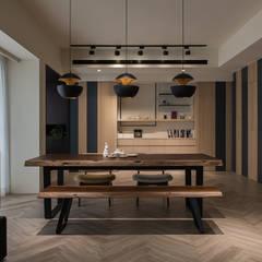 沐暮:  餐廳 by 詩賦室內設計