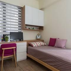 غرفة نوم تنفيذ 詩賦室內設計,