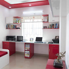 sunil kumar:  Study/office by mayu interiors