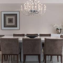 Projeto HG 01: Salas de jantar clássicas por Flavia Castellan Arquitetura