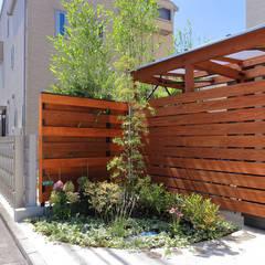 前庭: シーズ・アーキスタディオ建築設計室が手掛けた庭です。