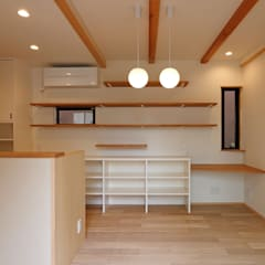 LDK: シーズ・アーキスタディオ建築設計室が手掛けたリビングです。
