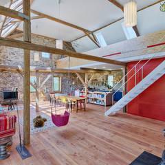 Wohnzimmer Tenne:  Wohnzimmer von Hiram Floors