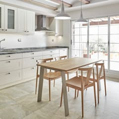 Built-in kitchens by AUREA ARQUITECTOS