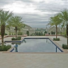 مسبح حديقة تنفيذ Raul Hilgert Arquitetura de Exteriores