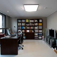 은평 뉴타운: Design Mind Mirae의  서재 & 사무실