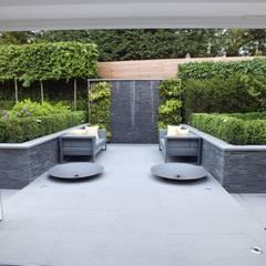 Zen garden by Aralia