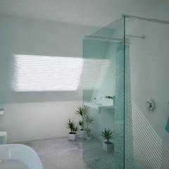 Bathrooms - Personal Projects: minimalistic Bathroom by Dedekind Interiors