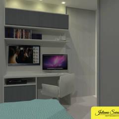 Arbeitszimmer von Juliana Saraiva Arquitetura & Interiores