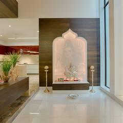 Rajkot Bunglow : asian Living room by YP design Studio