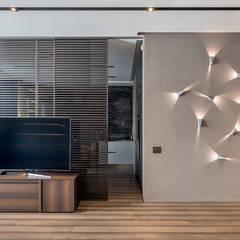 UI014 : Гостиная в . Автор – U-Style design studio
