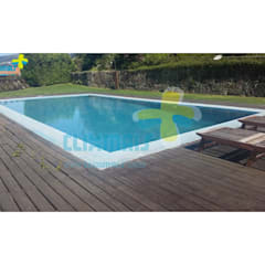 Garden Pool by Clix Mais
