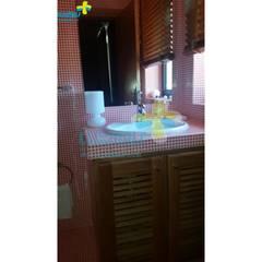 Excelente Moradia em condomínio fechado, com piscina privativa com vista para a Albufeira da Caniçada. Referência: clix mais v1.165: Casas de banho  por Clix Mais