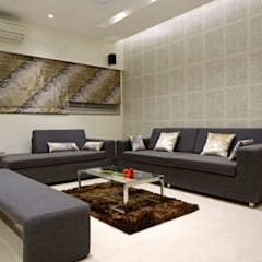 Luxury Residence in Town: modern Living room by EVOLVE