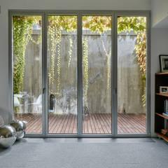 minimalistic Wine cellar by Alberich-Rodríguez Arquitectos
