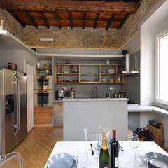آشپزخانه by silvestri architettura