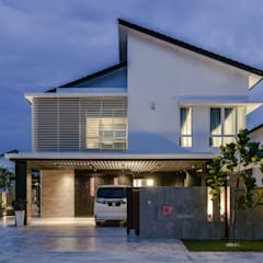 LUXURIOUS HOME:  Bungalows by inDfinity Design (M) SDN BHD