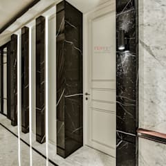LUXURIOUS HOME:  Corridor & hallway by inDfinity Design (M) SDN BHD