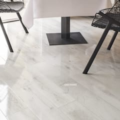 Floors by homify, Modern Engineered Wood Transparent
