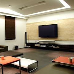 Media room by 黃耀德建築師事務所  Adermark Design Studio