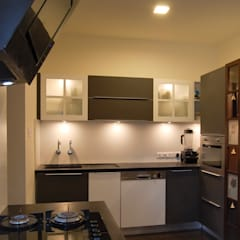 :  Kitchen by Synergy Architecture and Interiors