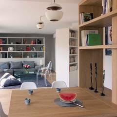 Rue Viala: Cuisine intégrée de style  par Atelier Sylvie Cahen