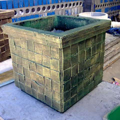 Garden pots:  Front yard by Buildart - Fibreglass Specialists