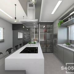 Cozinha em ilha: Cozinhas embutidas  por STUDIO 405 - ARQUITETURA & INTERIORES